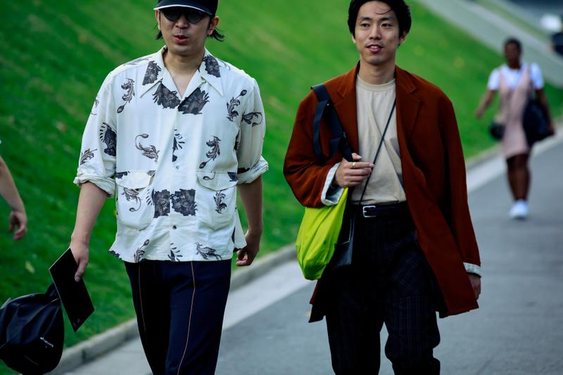 Paris Fashion Week Men's Spring Summer 2020 Street Style Shirt White Blazer Maroon