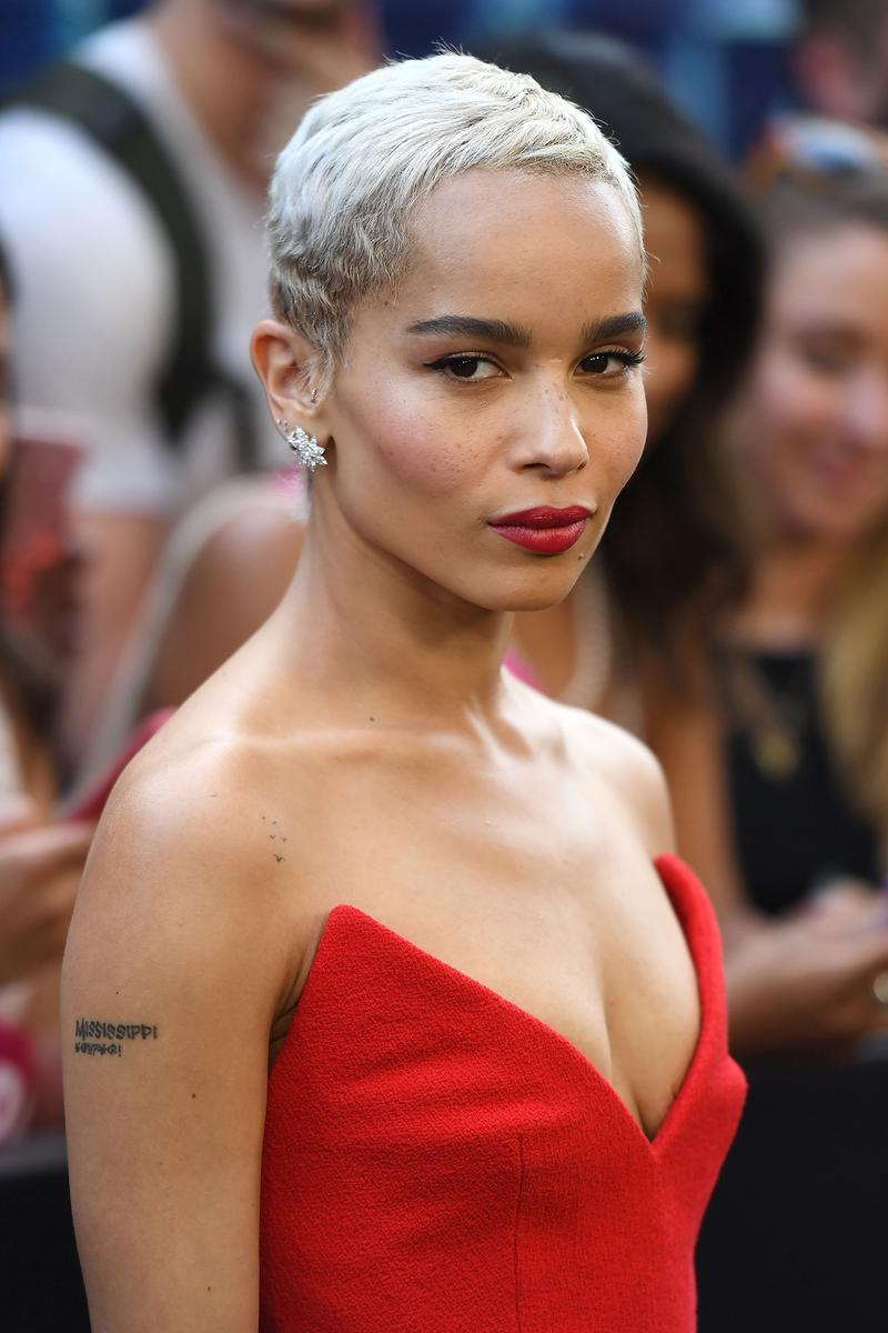 Zoe Kravitz platinum blonde pixie cut short hair hairstyle Rough Night premiere 2017 Red Dress
