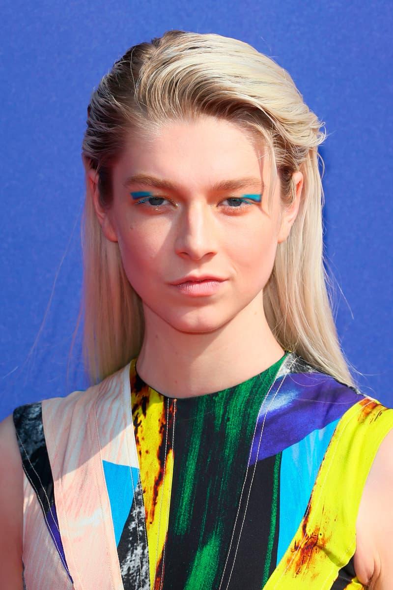 Euphoria Jules Hunter Schafer Eyeliner Blue Dress Yellow Teal
