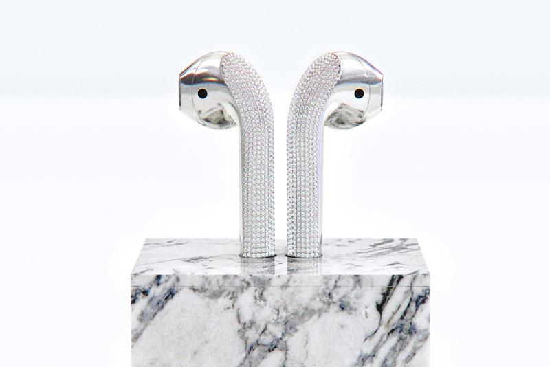 ian delucca diamond gold apple airpods marble charger