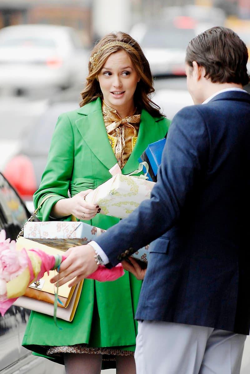 Leighton Meester Ed Westwick Blair Waldorf Chuck Bass Gifts Flowers Couple Gossip Girl Headband