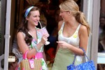Picture of A Look Back at the Most Iconic Looks from the Original 'Gossip Girl'