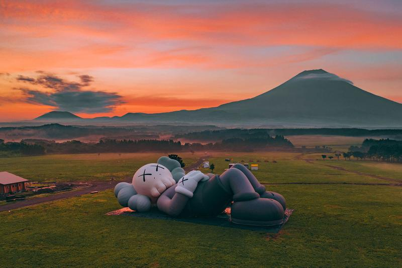 kaws holiday companion mount fuji japan camping camp herschel supply art exhibition display sculpture installation fumotoppara