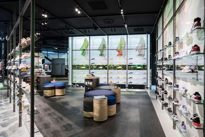 taille 40 76426 62f56 Take a Look Inside Nike's New Harajuku Location | HYPEBAE