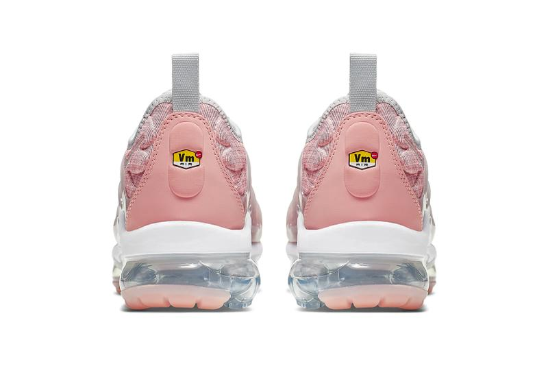 nike vapormax plus womens pink bleached coral sneakers sneakerhead footwear shoes