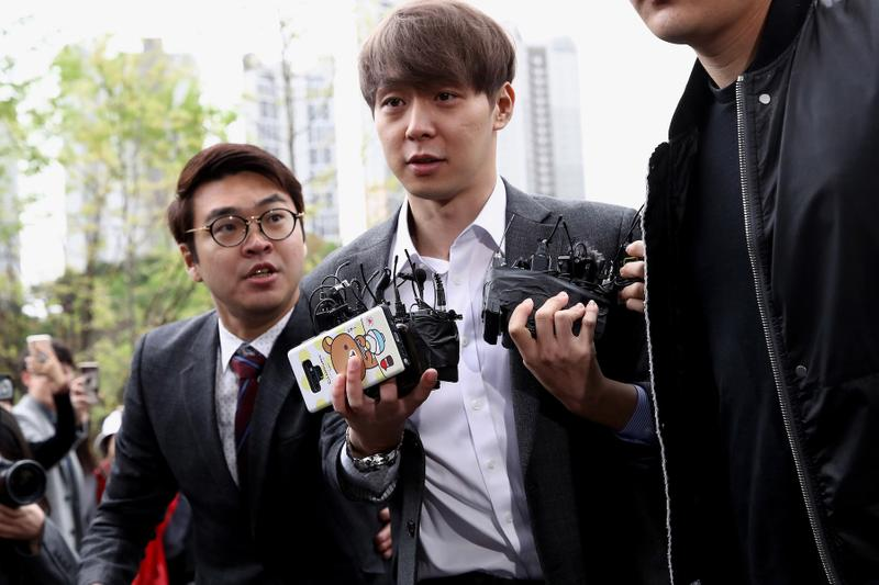 K-Pop Star Park Yoochun Sentenced To Probation 2 year Prison Charge Drugs Philopon Meth Press Statement Apology TVXQ