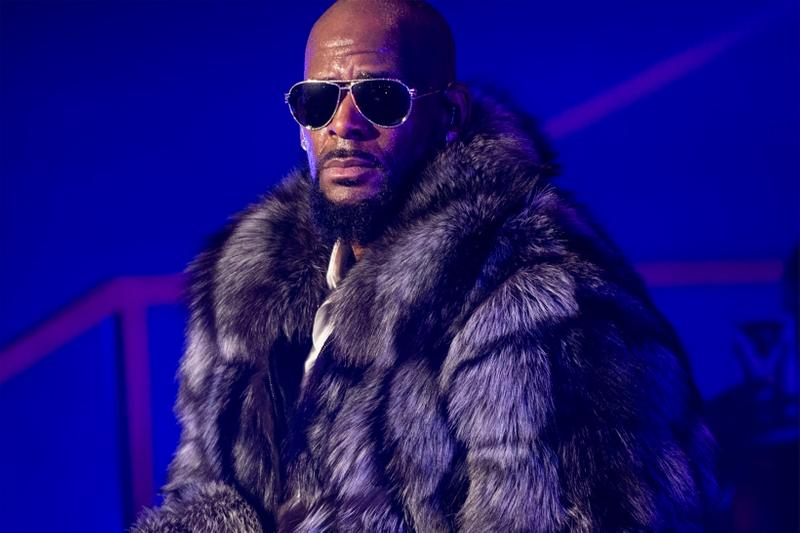r kelly denied bail federal racketeering sex child porn charges crimes case danger threat