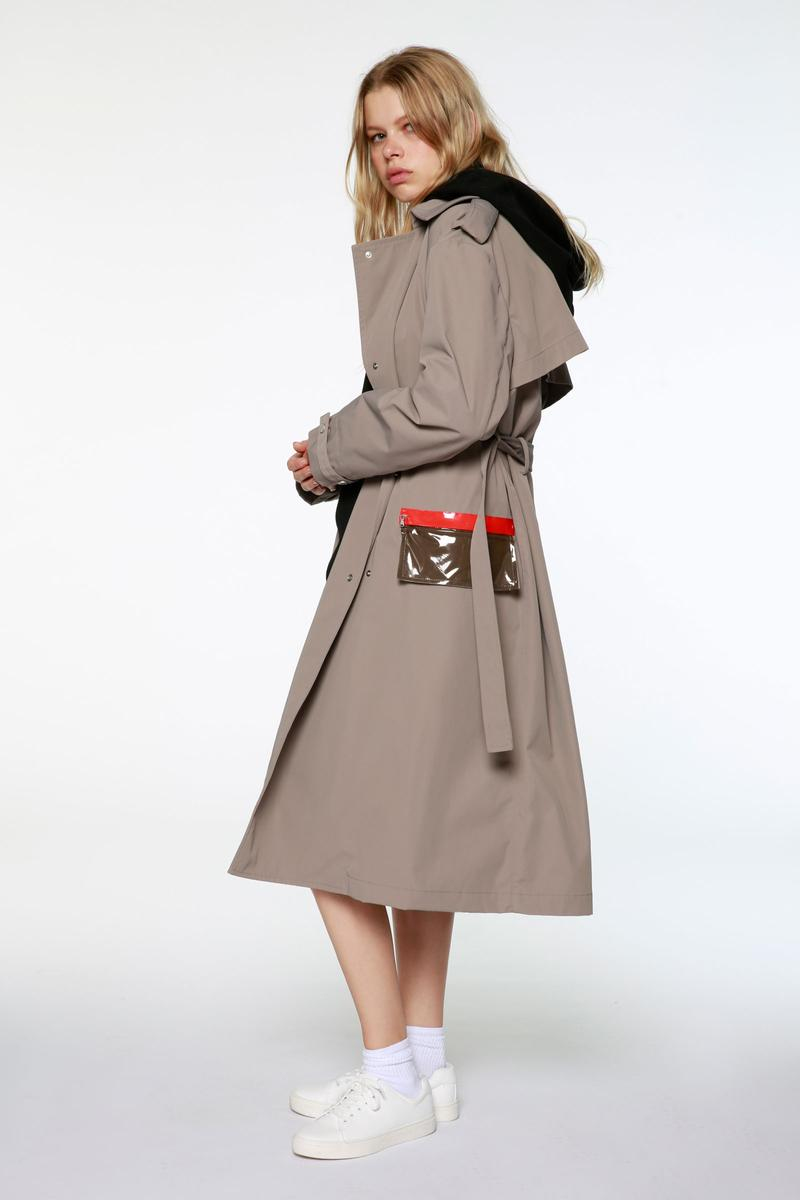 artica-arbox Spring Summer 2020 Lookbook Black Khaki Orange PVC Pocket Trench Coat