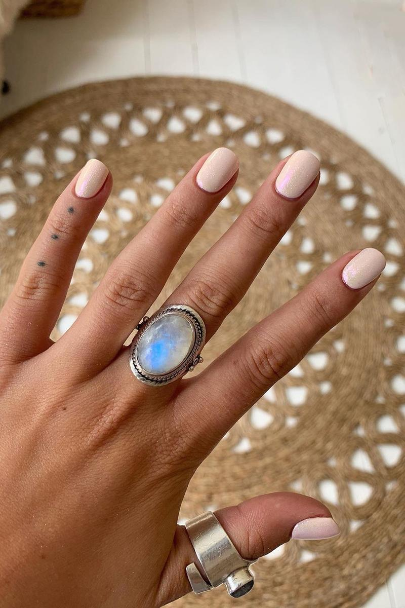 Nails Dip Powder Manicure Hands Holographic Iridescent Inspiration Beauty Rings