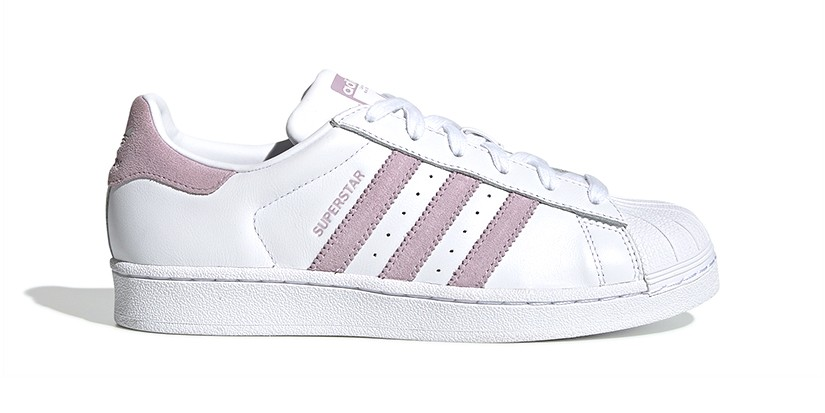 La playa Emoción perspectiva  adidas Originals' Superstar Arrives in Dusty Pink | HYPEBAE