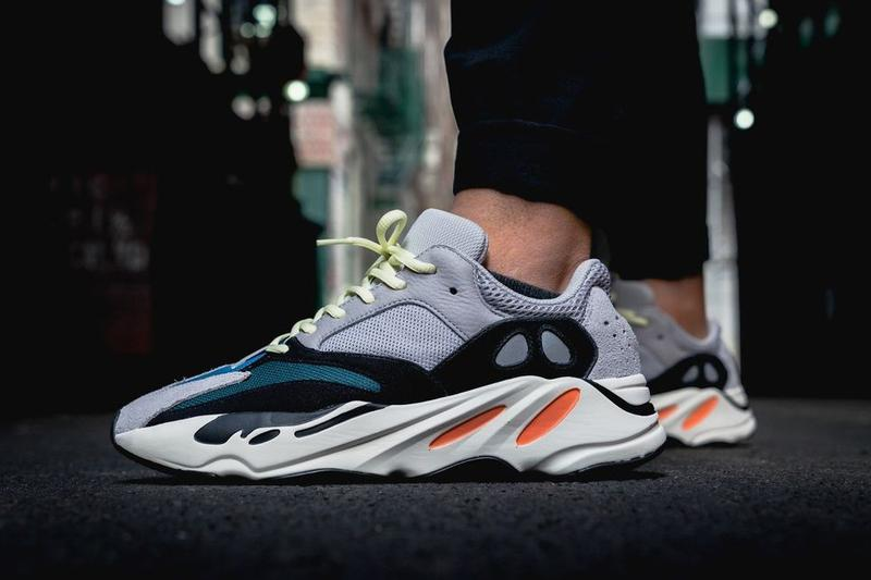 adidas Originals YEEZY 700 Wave Runner