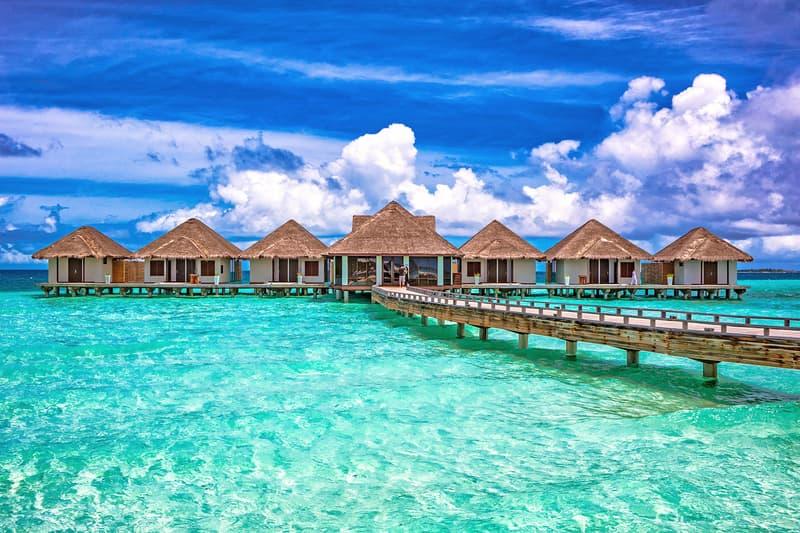best luxury resorts hotels maldives male four seasons shangri la park hyatt joali huvafen fushi cheval blanc randheli velaa private island anantara kihavah villas baros niyama asia
