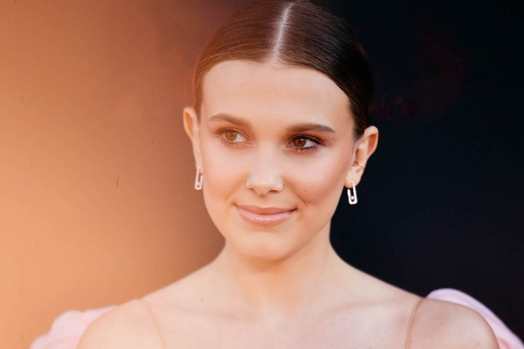 Millie Bobby Brown in Sigma and Birdy's