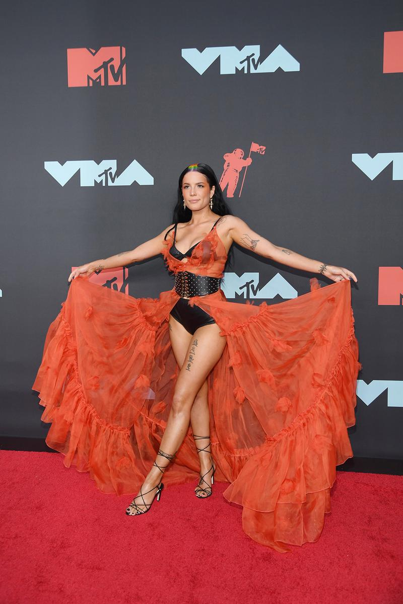mtv video music awards 2019 red carpet halsey
