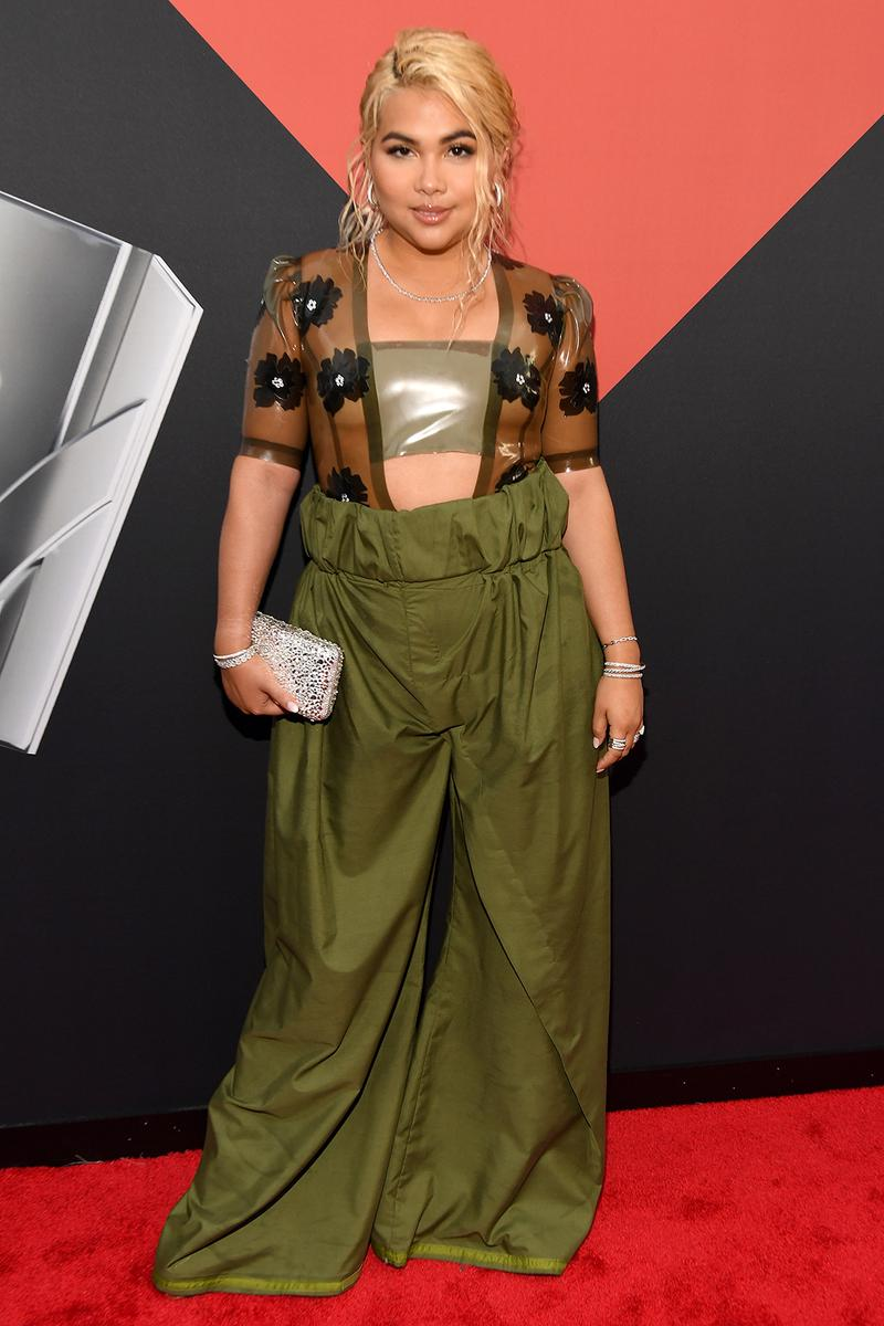 mtv video music awards 2019 red carpet hayley kiyoko