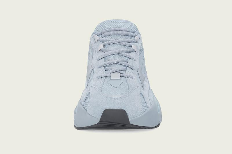 YEEZY BOOST 700 V2 Hospital Blue