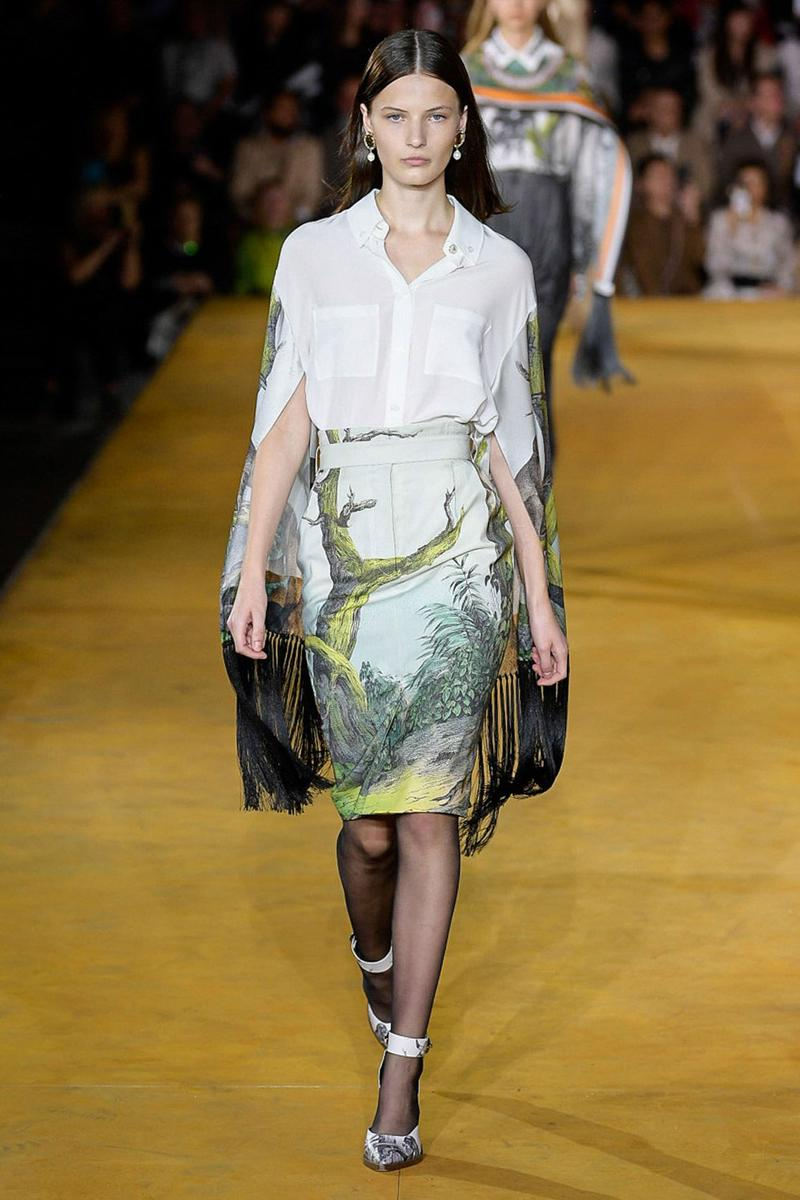 Burberry Riccardo Tisci Spring Summer 2020 London Fashion Week Skirt Green Shirt White