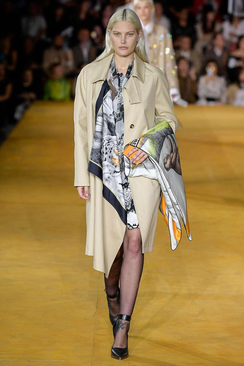 Burberry Riccardo Tisci Spring Summer 2020 London Fashion Week Trench Coat Tan