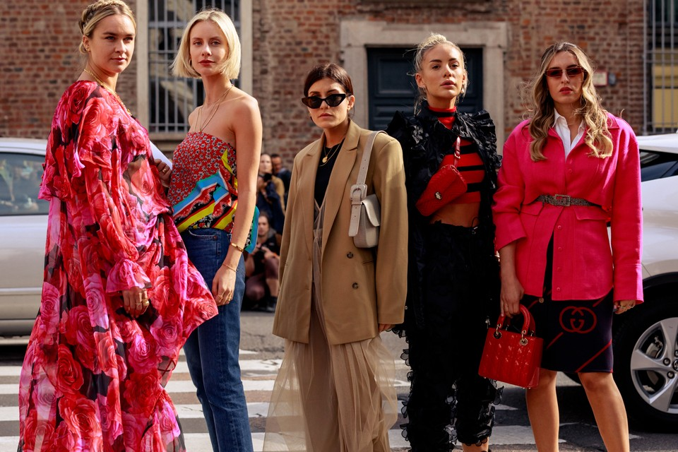 Street Style at Milan Fashion Week SS20 Was Bright and Bold