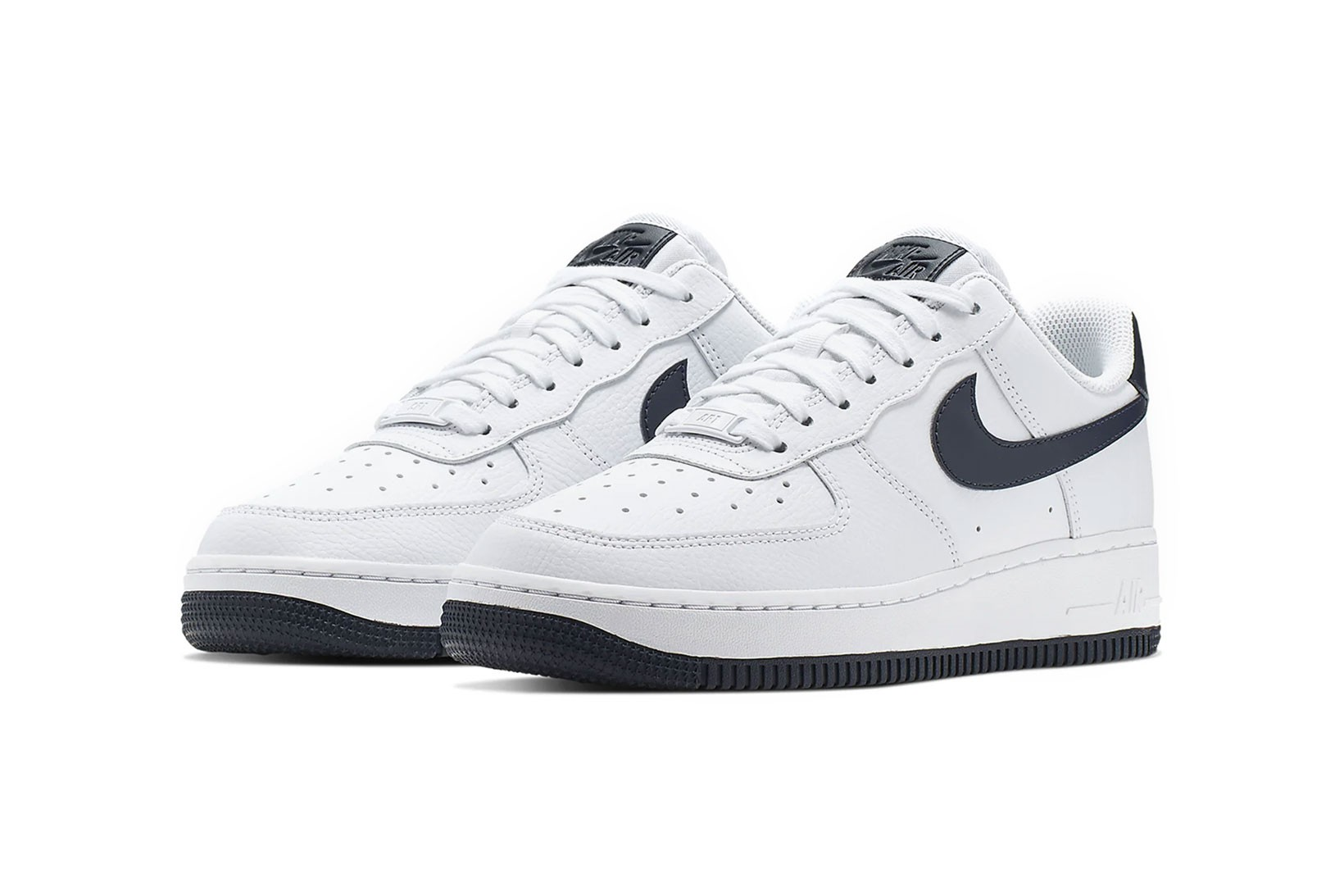 Nike's Air Force 1 '07 in Navy Blue