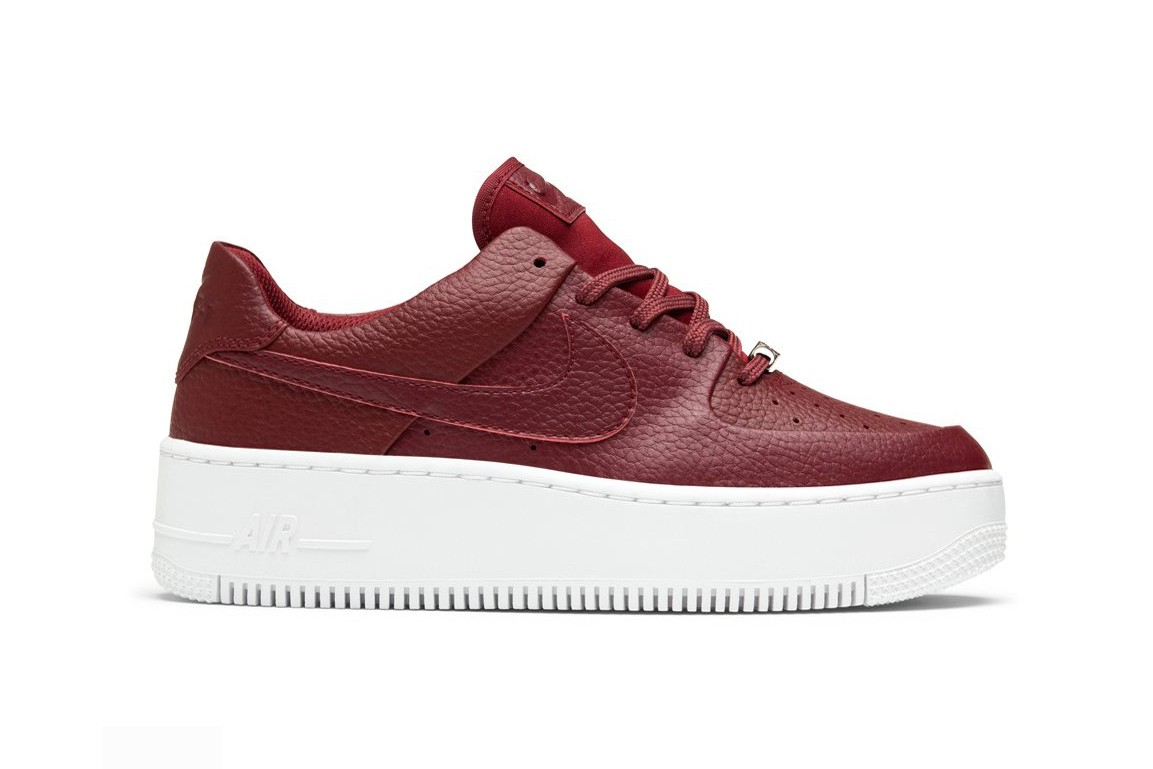 Sporcizia lultimo motore  Nike Releases Air Force 1 Sage Low in Team Red   HYPEBAE