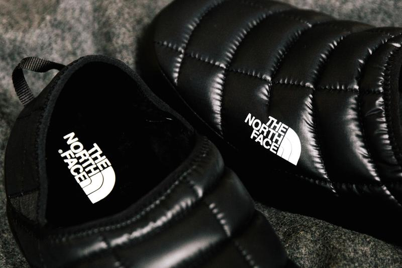 The North Face Puffer Sandals Slides Shoes TNF Winter Warm Footwear
