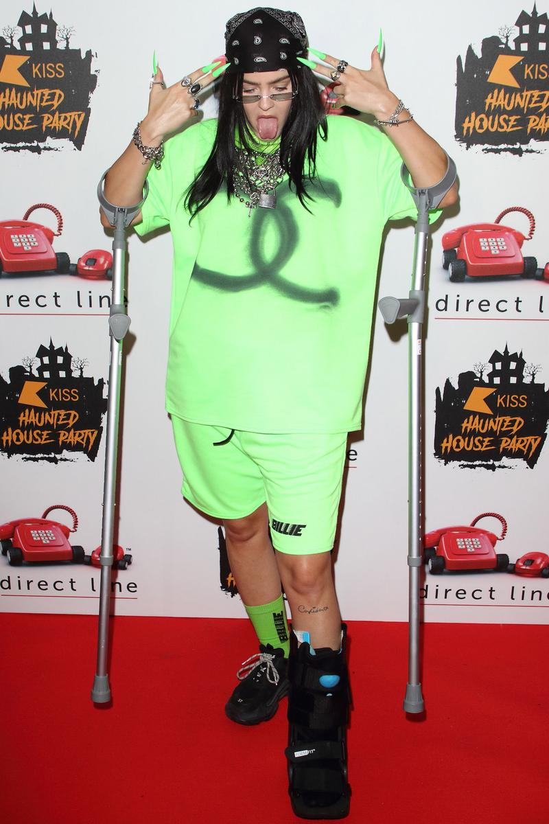 Best Celebrity Halloween Costumes 2019Billie Eilish Anne-Marie Demi Lovato Vanessa Hudgens Heidi Klum Dress Up Halsey Kourtney Kardashian