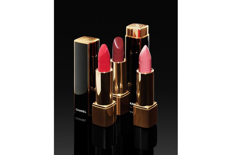 Chanel Holiday 2019 Makeup Collection Lipstick Rogue Spectaculaire Splendide Noble