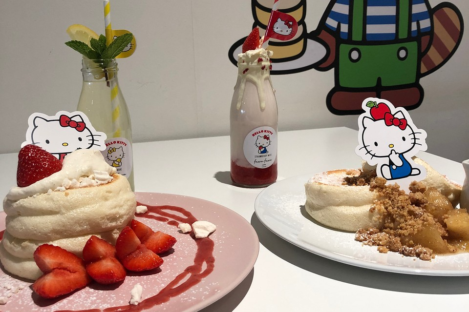 These Japanese Soufflé Pancakes Are a Hello Kitty Fan's Dream Brunch