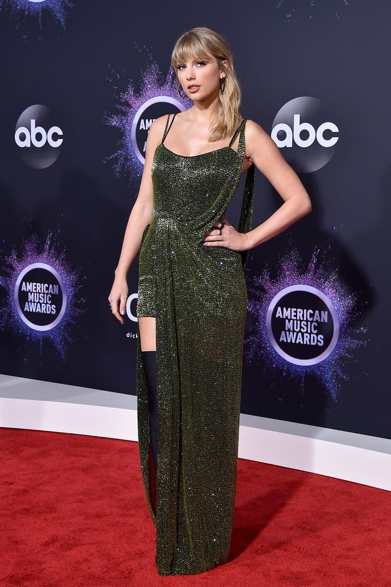 american music awards amas best celebrity red carpet looks taylor swift dark green dress