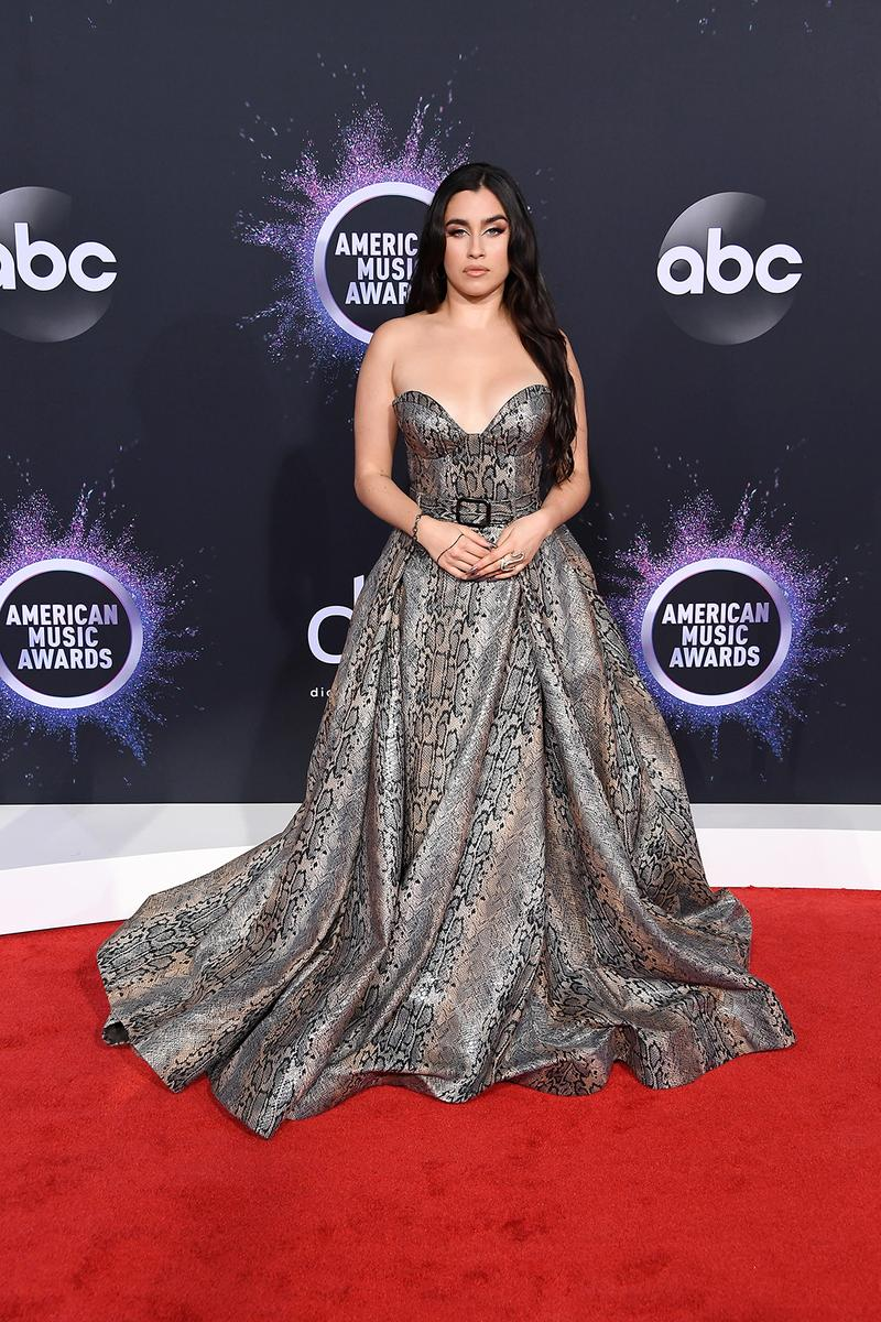 american music awards amas best celebrity red carpet looks lauren jauregui strapless dress
