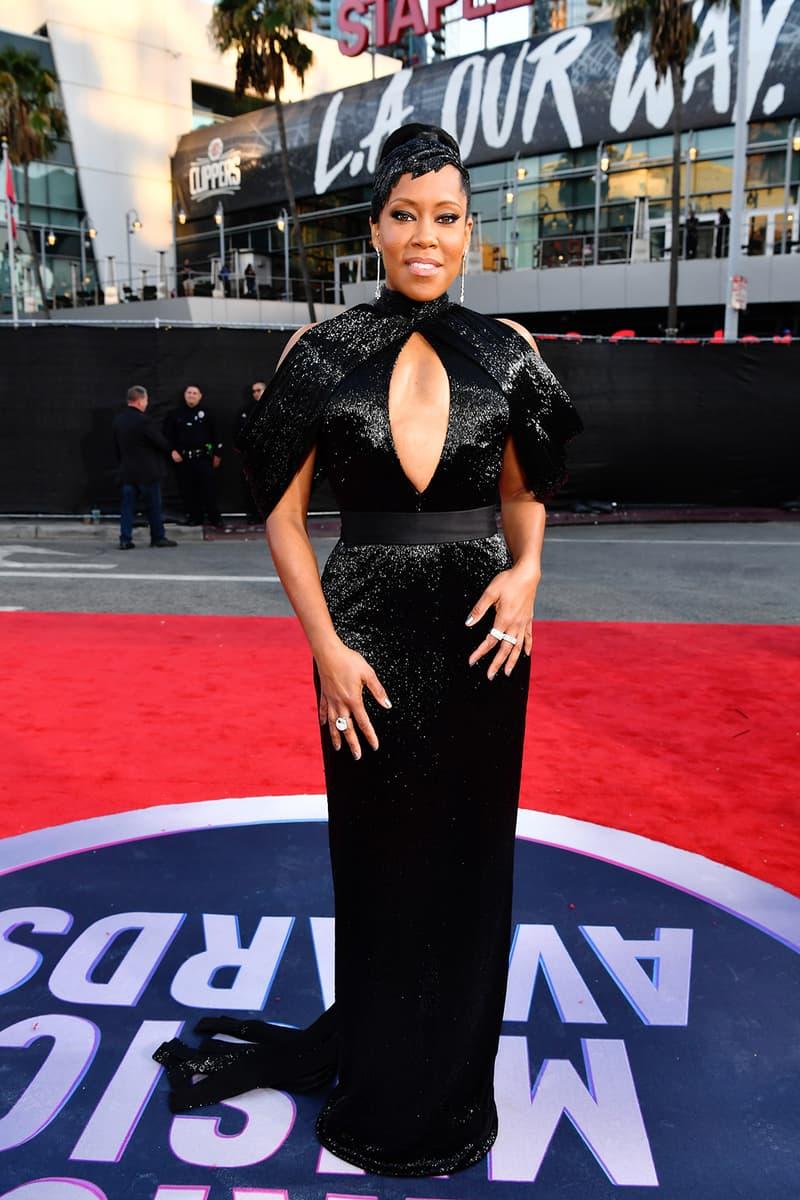american music awards amas best celebrity red carpet looks regina king black dress