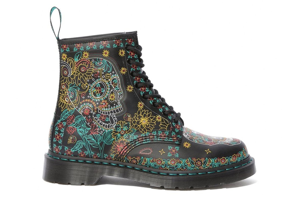 fluttuare selvaggio applaudire  Dr. Martens Day of the Dead Skull 1460 Boots | HYPEBAE