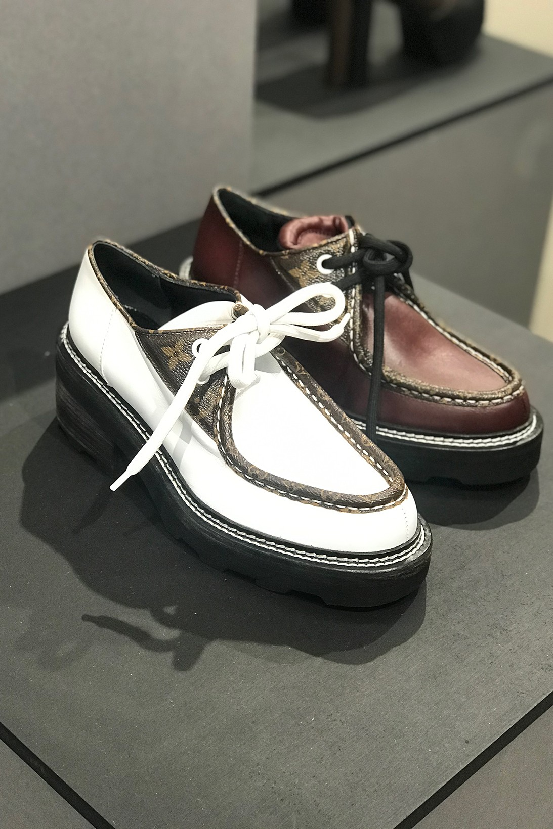 louis vuitton white sneakers womens