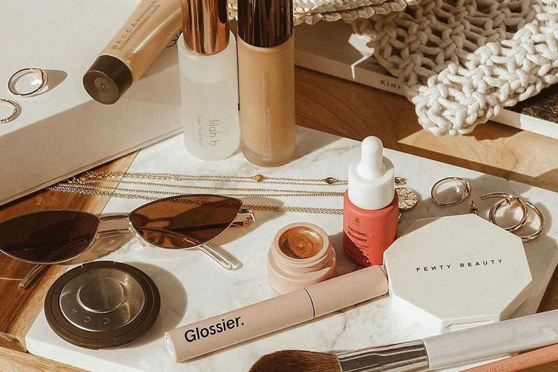 best vanity decor ideas tips home interior makeup byredo hay diptyque