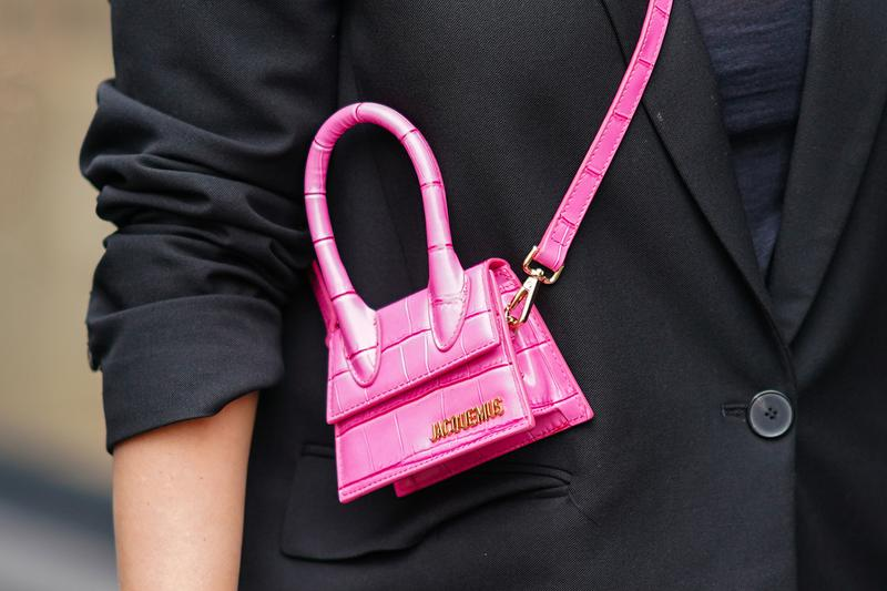 Jacquemus Mini Bag Le Chiquito Logo Crossbody Fashion Week Street Style Neon Pink