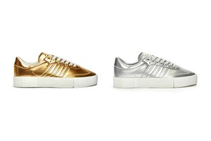 Picture of adidas Originals Gives the SAMBAROSE Silhouette the Metallic Treatment