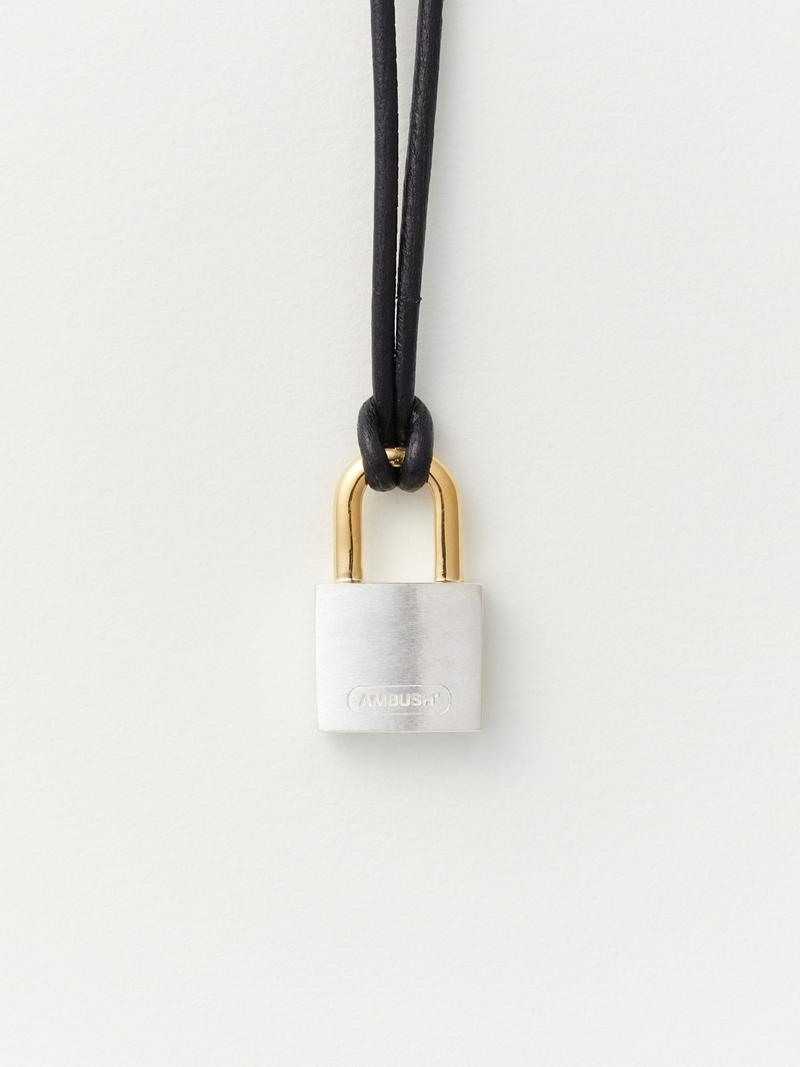 AMBUSH Small Padlock Necklace 2 Silver