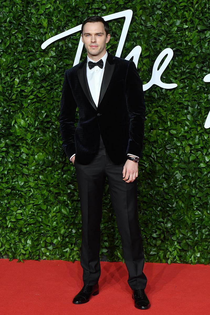 british fashion awards bfas best celebrity red carpet looks nicholas hoult