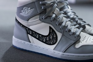 Picture of A Closer Look at Dior x Nike's Limited-Edition Air Jordan 1 High OG