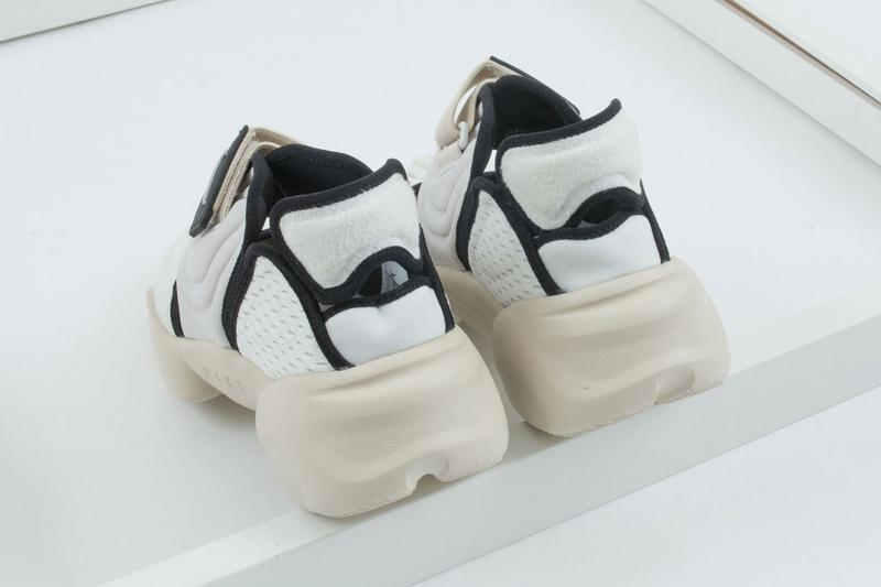 "Nike Air Aqua Rift ""Summit White"""