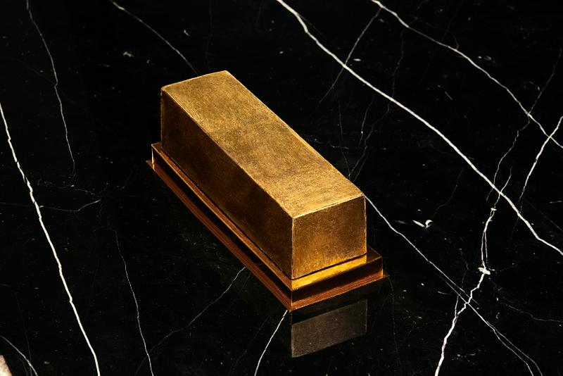 Saint Laurent Holiday 2019 Collection Pierre Hermé Chocolate Log Gold