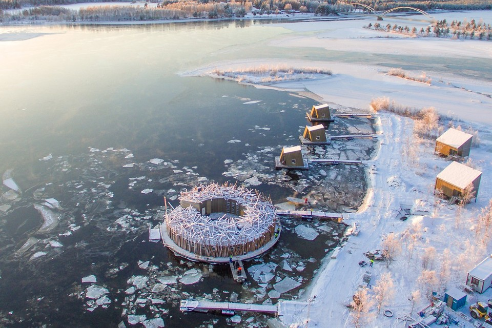 The Floating 'Arctic Bath' Hotel Has Opened on Sweden's Lule River