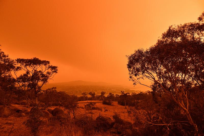australia bushfire red orange sky jindabyne new south wales