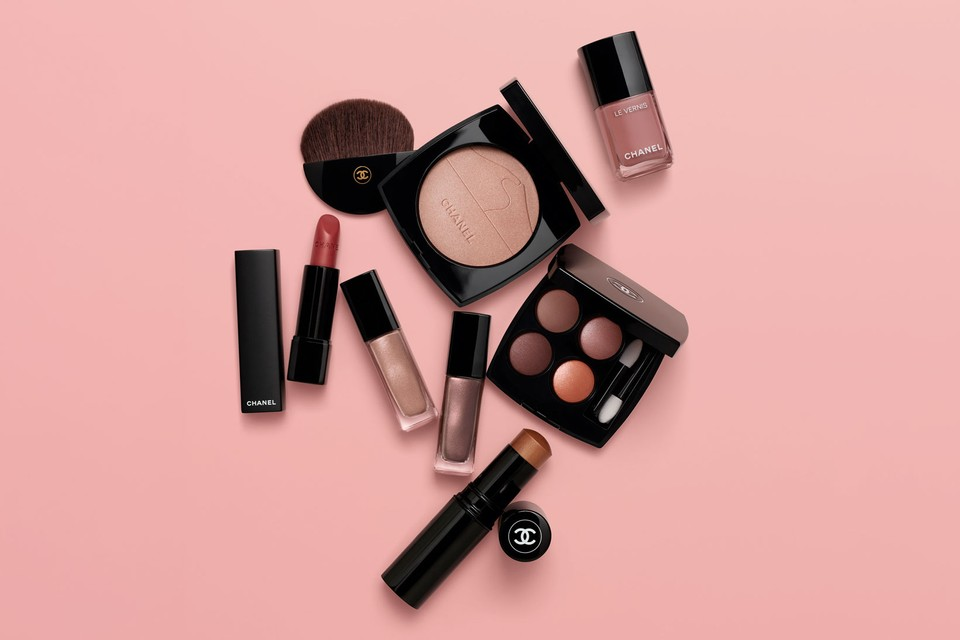 """Chanel's SS20 Makeup Collection Is a """"Desert Dream"""""""