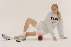 Picture of Emily Oberg Announces Sporty & Rich Wellness Club for Health and Fitness Lovers