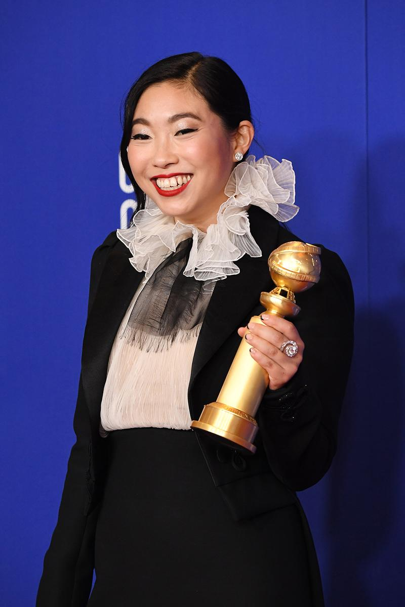 golden globe awards winners awkwafina actress the farewell movie
