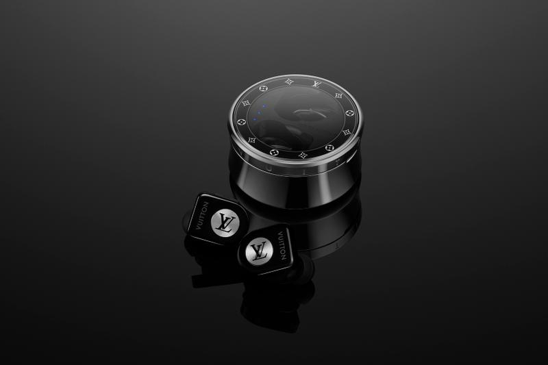 Louis Vuitton Horizon Earphones Monogram Colors Black