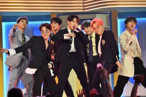 "Picture of BTS Debuts a New Performance for Lead Single ""ON"" From 'Map of the Soul : 7'"