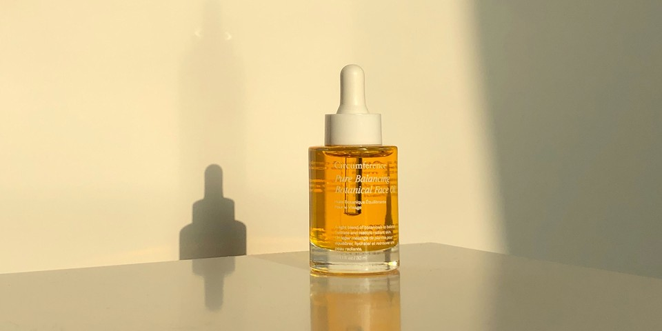 Circumference's Pure Balancing Botanical Face Oil Gave Me the Dewiest Skin Ever